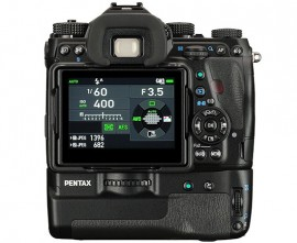 Pentax-K-1-battery-grip