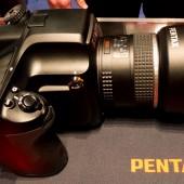 Pentax 645D medium fomat camera-1