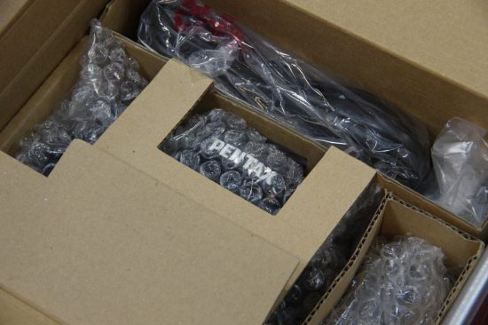 Pentax K-1 camera unboxing3