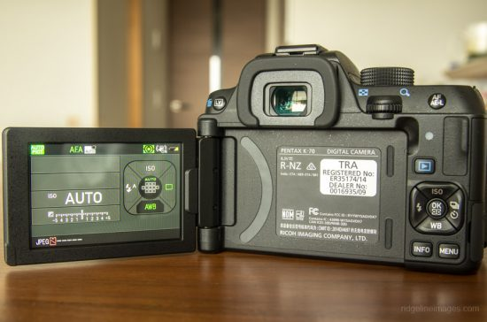 Pentax K-70 DSLR camera Vari-angle-LCD-display